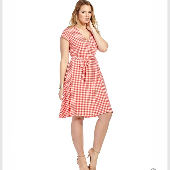 b43b24ac91fb Leota Dresses   Skirts - Leota gingham wrap dress
